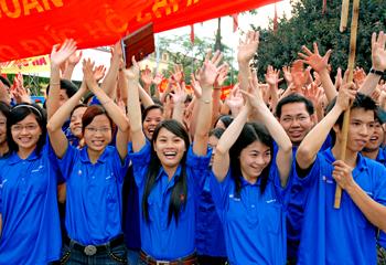 Xe Thiên Phú tiếp sức mùa thi 2013 - giảm giá vé 5.000đ mỗi vé